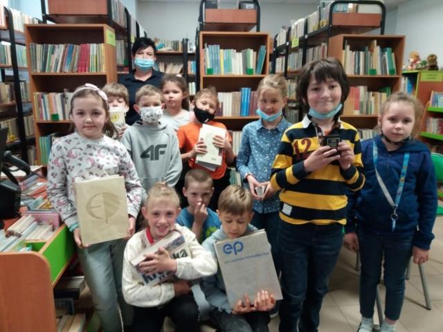 Klasa 1 b w bibliotece