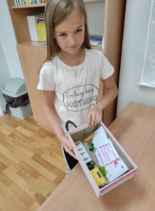 Lektura w pudełku w klasie 3a