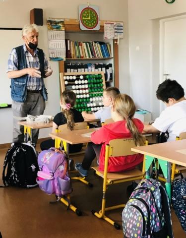 Warsztaty ceramiczne w klasie 2a